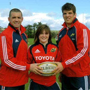 New Munster U-18 Girls captain Anna Caplice is pictured with Alan Quinlan and Donncha O'Callaghan