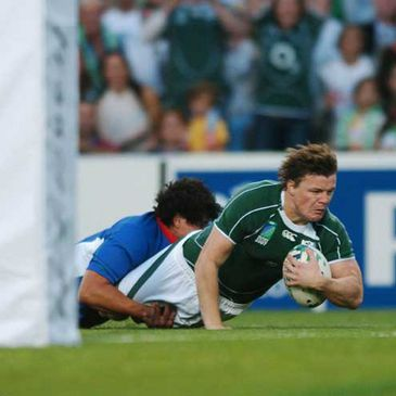 Brian O'Driscoll scoring against Namibia
