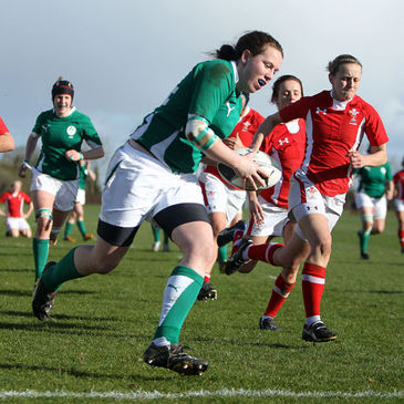 Niamh Kavanagh races in to score a try against Wales