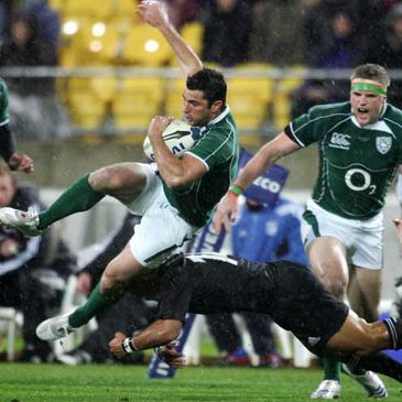 Rob Kearney is tackled by All Blacks centre Ma'a Nonu