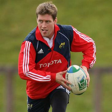 Ronan O'Gara training at the University of Limerick