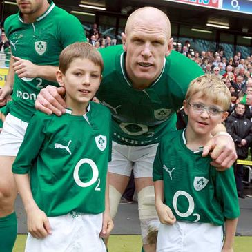 Paul O'Connell with two young mascots