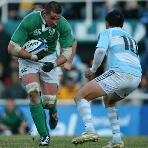 Alan Quinlan in action against Argentina