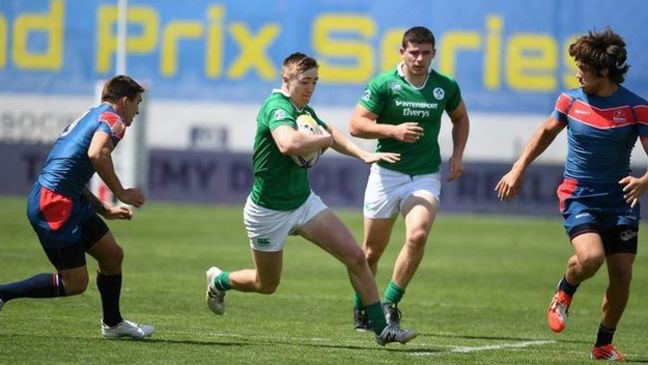 Terry Kennedy on the attack for the Ireland Sevens side