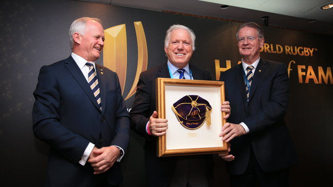 Fergus Slattery receives his Hall of Fame cap