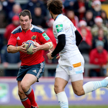 Damien Varley leads an attack for Munster