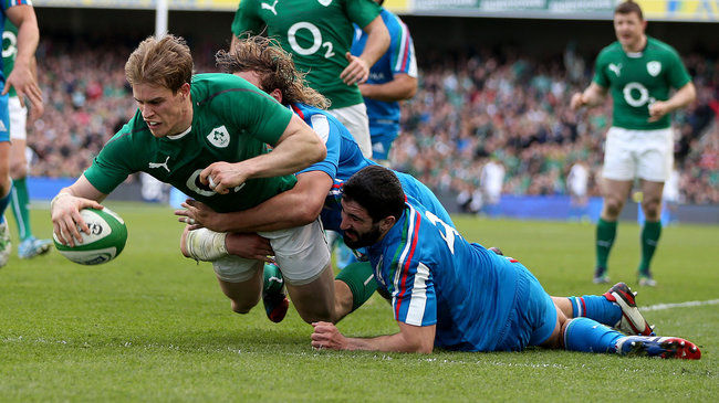 Andrew Trimble scores Ireland's second try
