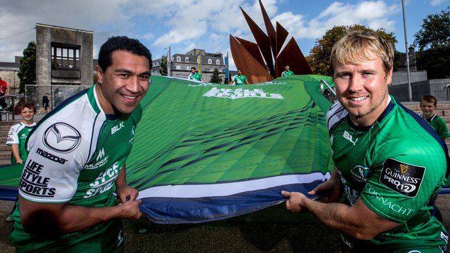 Connacht's Mils Muliaina and Fionn Carr
