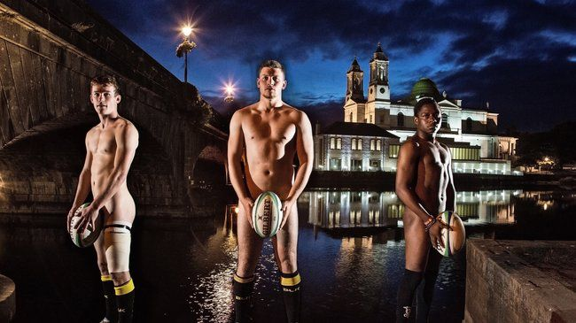 Buccaneers Go 'Nearly Bare' For 2015 Calendar