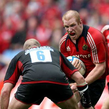 Munster captain Paul O'Connell taking on Saracens' Paul Gustard in the semi-final
