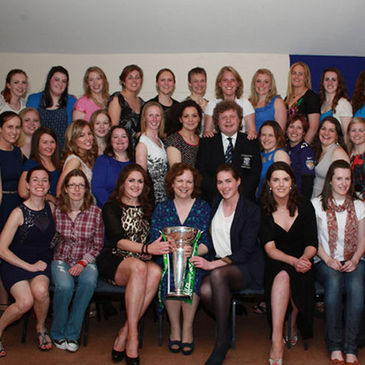 The St. Mary's College RFC Women's players