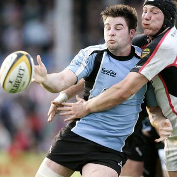 Ulster back rower Stephen Ferris tackles Glasgow's Johnnie Beattie